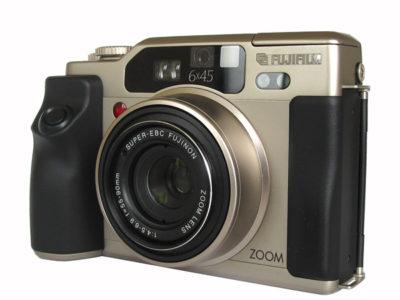 FUJIFILM GA645Ziカメラ